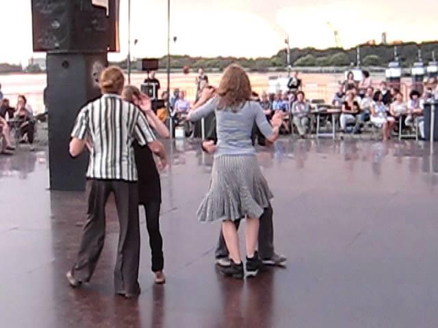 Scottish impro: Minga, Julie, Pierre Koen (Frisse Folk) @ Kattendijk 2011