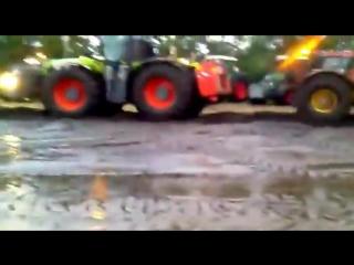 Кировец K700 против Claas Xerion TRAC - Два МОНСТРА! Кто кого?