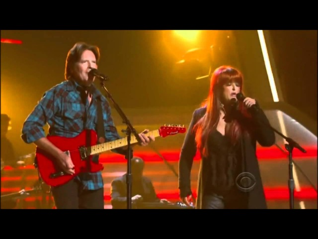 John Fogerty Wynonna Judd Duet - Proud Mary - ACM Girls Night Out (Live)
