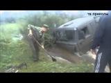 Камаз застрял в реке, Камаз в грязи едет, грузовики 21 века
