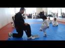 Niño pequeño consigue su primera cinta en Taekwondo de la manera más hermosa , 100 lindura