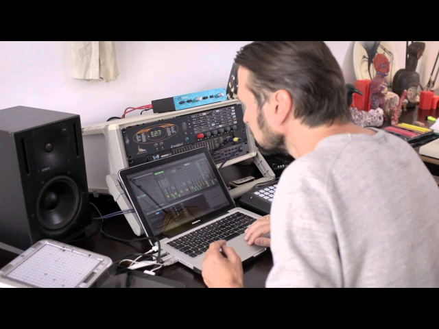 Robert Lippok on Ableton Live 9