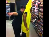Банан вырубил с двух ног новый прием - ТОП10