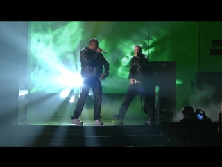 Eminem & dr. dre, skylar grey - i need a doctor (live at grammy 2011) [720p]