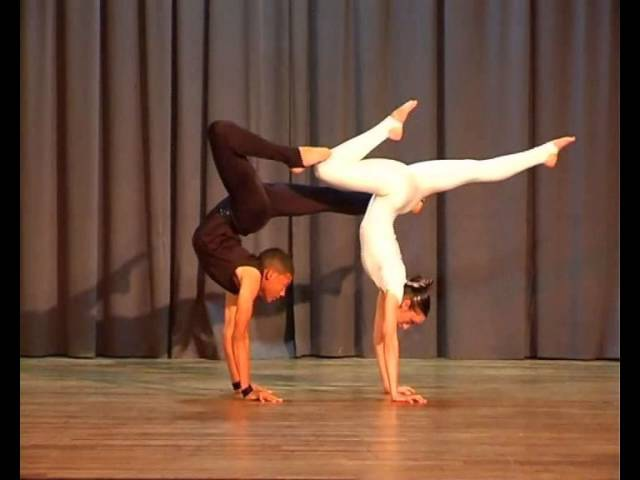 Chantelle Manders Jade Petersen Acrobatic Dancing