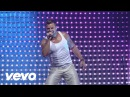 Ricky Martin - Drop It on Me / Lola, Lola / La Bomba Medley (Live Black White Tour)