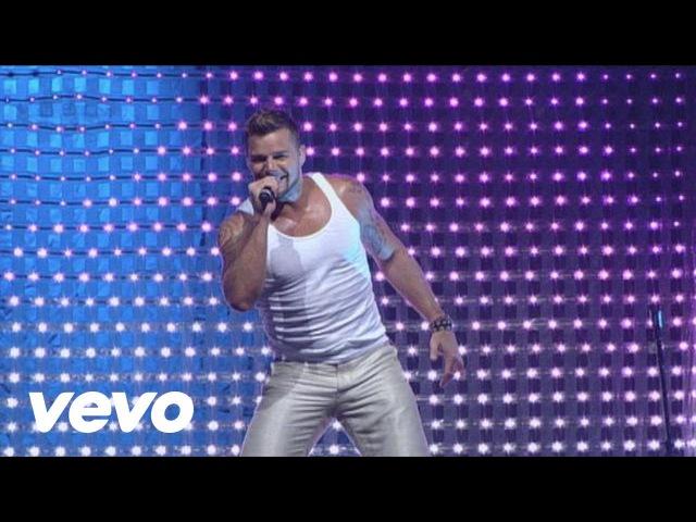 Ricky Martin Drop It on Me Lola Lola La Bomba Medley Live Black White Tour