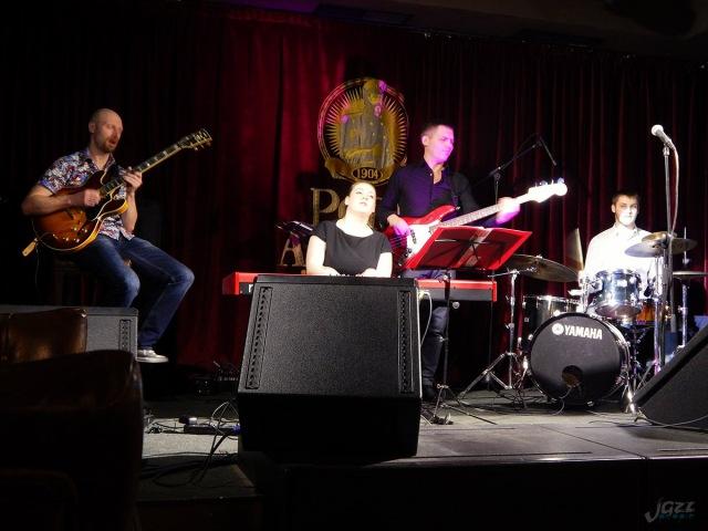 Dina Sineglazova band в «Порт Артур» 10/03