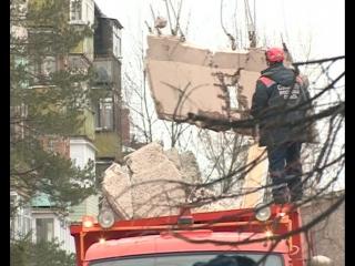 """В Ярославле рухнул пятиэтажный дом. """"Первый Ярославский"""" телеканал работает на месте.Сюжет о том как это было...."""