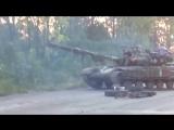 АТО. ЗСУ. Пяні карателі заради розваги переїжджають машину на танке