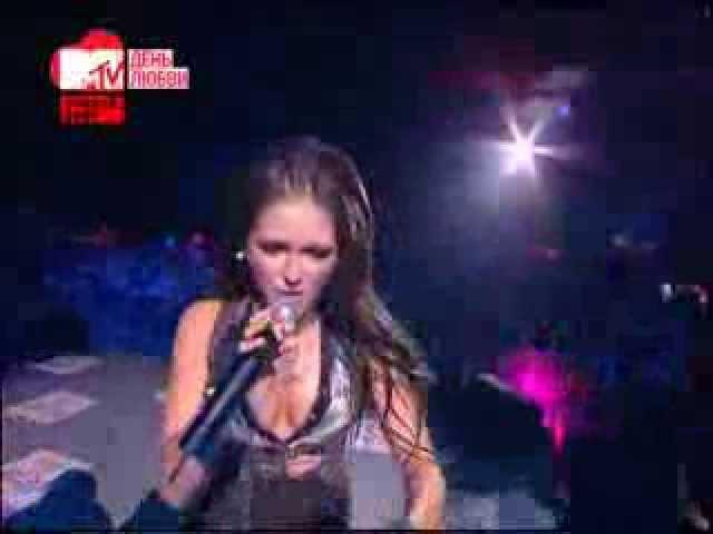 Нюша - Больно, Выше, Big love show - 2012, Москва, 14.02.12