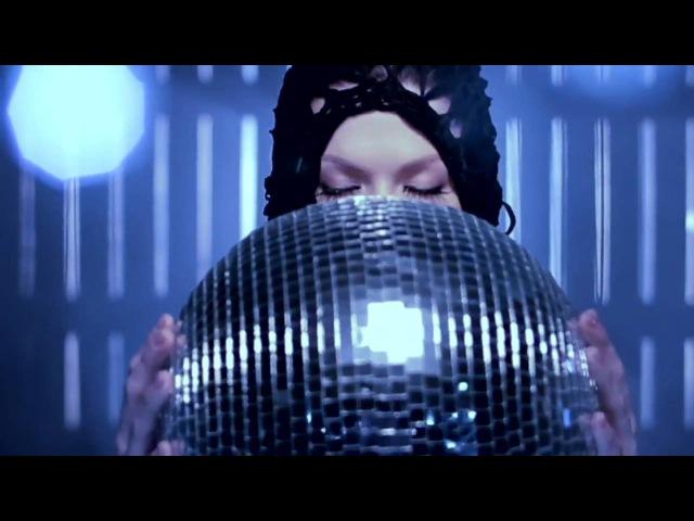 Jenni Vartiainen - En haluu kuolla tänä yönä (virallinen musiikkivideo HD)
