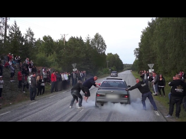 Ford Sierra Cosworth vs BMW M3 E30 Turbo