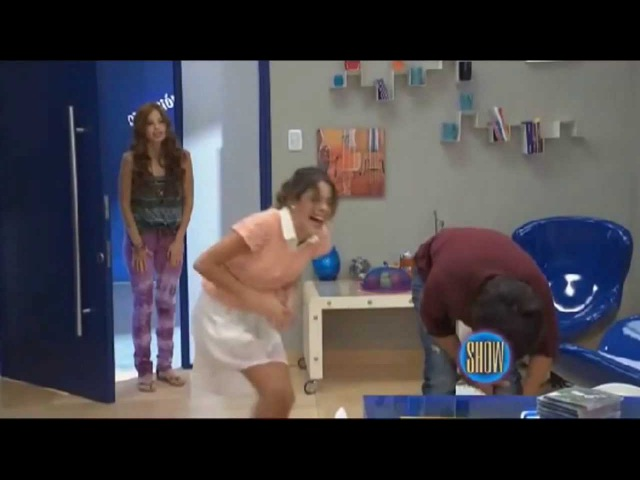 The Umix Show - Bloopers de Violetta 2 (HD)