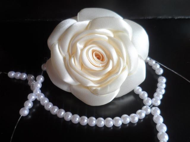 Hand made : Роза из атласной ленты / D.I.Y. Rose of Satin ribbon