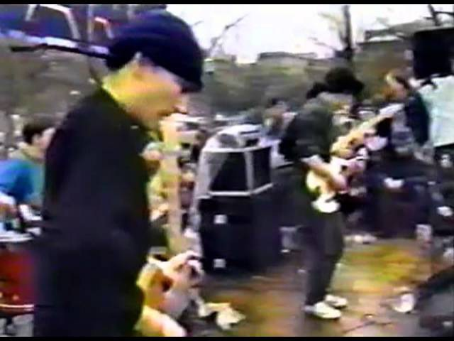 FUGAZI Live in front of THE WHITE HOUSE, January 12, 1991 (Gulf War 1 Protest)