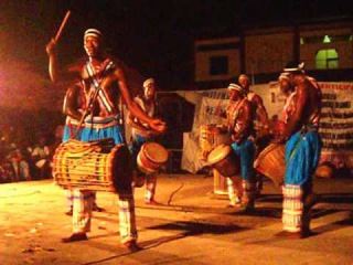 Percussions Ballet Djoliba Guinée Conakry avec Galy