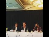 Том Хиддлстон на пресс-конференции Кинг Конга