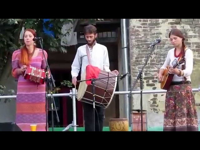 Olenky | Оленки - Tupan mi tupa (Eastern Serbian folk song) FolkRockVideo