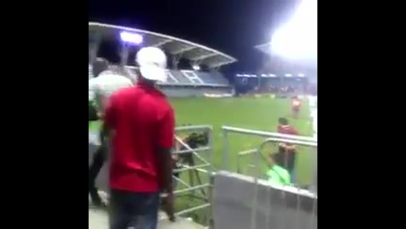 Ex-Man City striker Paulo Wanchope gets into an epic fight with security during Costa Rica v Panama