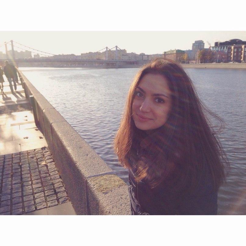 Ксения Артюхова  