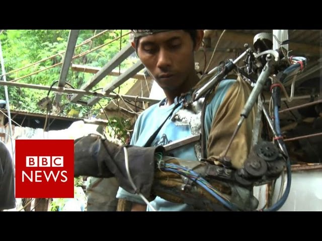 How I made bionic arm out of junk - BBC News