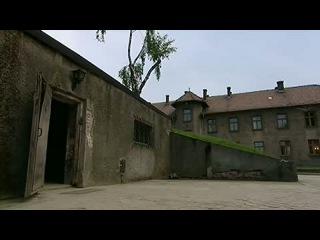 ВВС: Освенцим. Фабрика Смерти CD1  часть 2