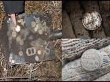 Поиск старинных монет у старинной ярмарки. Search for ancient coins