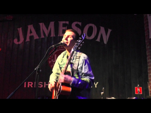 ★Maroon 5 - Sugar (Denmi live at Clever Irish Pub)★