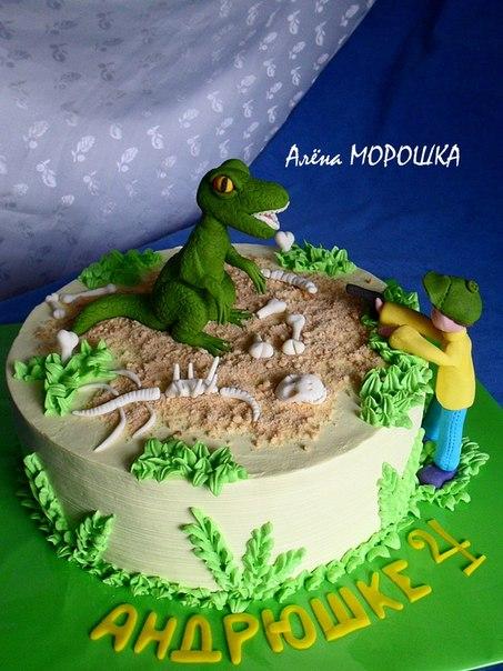 фото кремовый торт динозавр