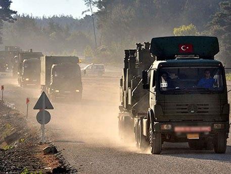 Минобороны: Из Турции в Сирию к террористам идут фуры с оружием