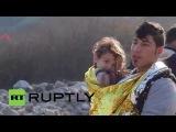 Греция: Беженцы продолжают прибывать в Лесбос в погодные условия улучшатся.