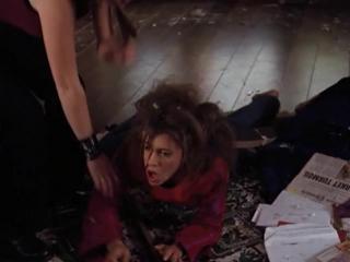 Зачарованные (сезон 02, серия 22 из 22) Charmed (online-video-cutter.com)