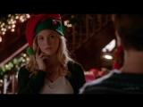 Дневники вампира - 7.09 - Керолайн и Бонни на благотворительном мероприятии в честь Рождества (Озвучка LostFilm)