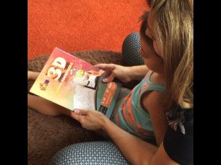 """Ирина Агибалова ✔️ on Instagram: """"Это просто взрыв фантазии и эмоций!!! Купила Митюше и Кирюше 3D раскраски и сама с удовольствием играю!!!😁. Раскрашиваем и смотрим через…"""""""