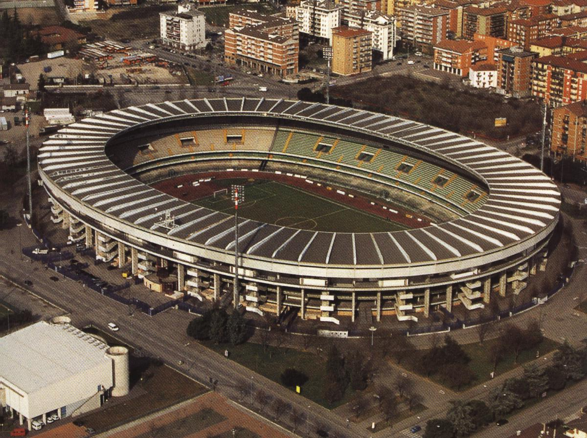 Стадион Маркантонио Бентегоди (Stadio Marcantonio Bentegodi). Верона, Италия.