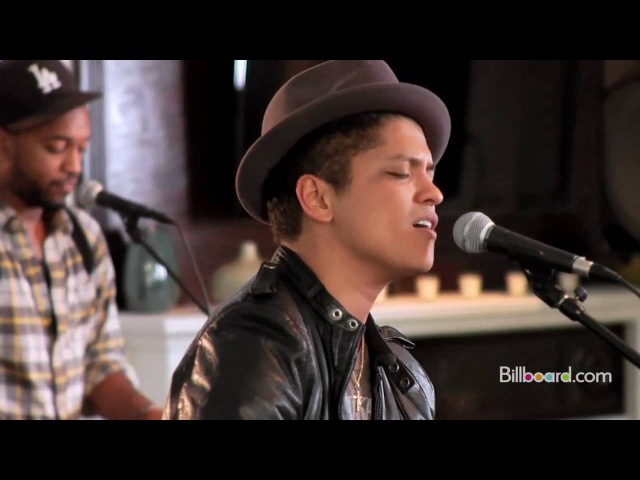 Bruno Mars Grenade Live Billboard Studio Session at Mophonics Studios NY