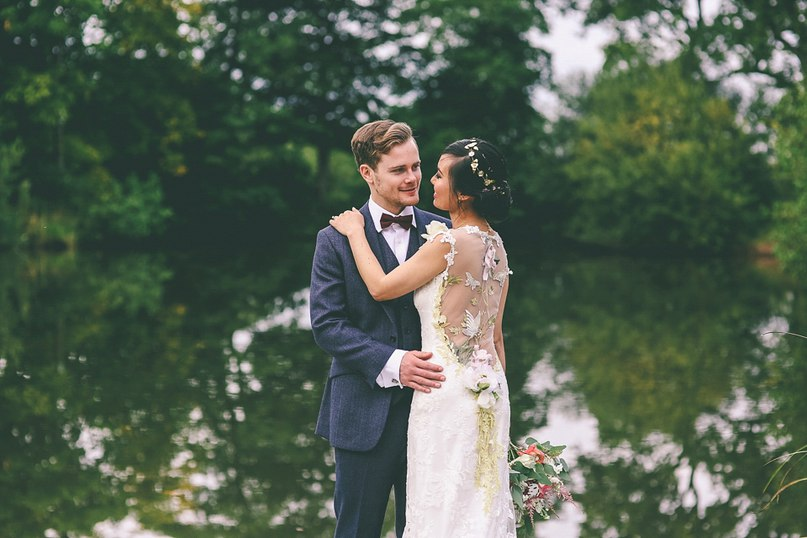 WIqclnb4stE - Английская свадьба в стиле VINTAGE INSPIRED