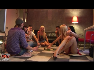 Logan - StudentSexParties.com Dirty party at friends place ssp3901