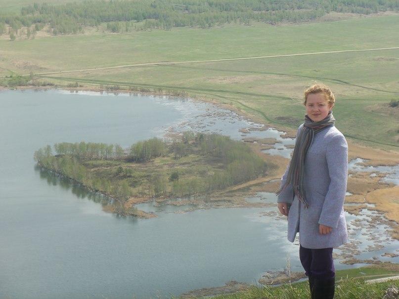 С вершина Ауштау очень хорошо виден остров на озере Аушкуль в форме сердца (27.05.2015)