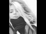 "# Olesya Yermakova on Instagram: ""Dashing 4 coffee 💪🏻 Every day is a speedy day. What r u up to? #onthego /// У кого пятница, а у кого кофе-пятница! Кто на связи, чем…"""