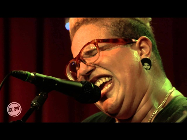 Alabama Shakes performing Don't Wanna Fight Live on KCRW