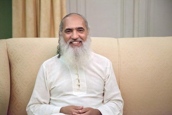 Встреча Саи Бабы и Свами Шивананды | Организация Шри