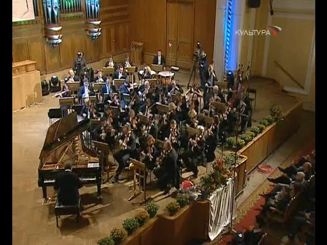 Mikhail Pletnev plays Mozart Piano Concerto no. 20, K. 466 - video 2003