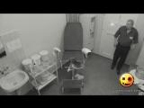 Мужик в кабинете гинекологии