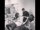 Nikita Lomakin on Instagram: Я так понял... что звезда этого видео не я 😂😂😂 Как вы думаете что он качает?)