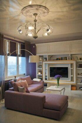Светлая и уютная гостиная