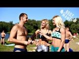 Как обыватели готовились к лету?! Блондинки на пляже.