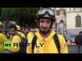 Испания: Лесные пожарные марш в Мадрид из Вальядолида требовал улучшения условий труда.