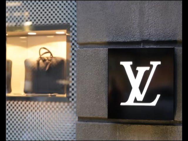 Інспектор Фреймут. Бутік Louis Vuitton